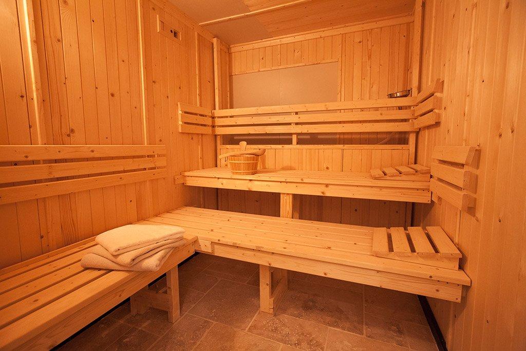 Espace bien tre jacuzzi piscine for Espace sauna hammam